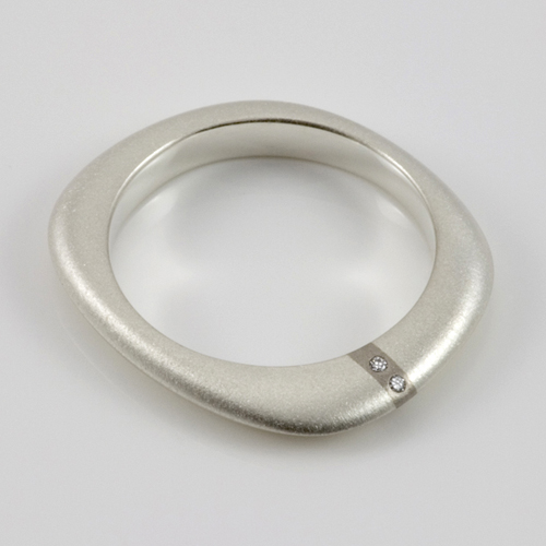 Lode thin band diamond ring by Ruth Bridges
