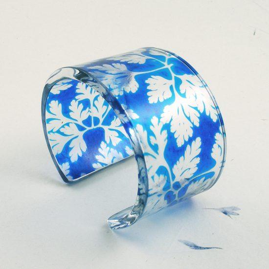 Blue cuff, Sue Gregor