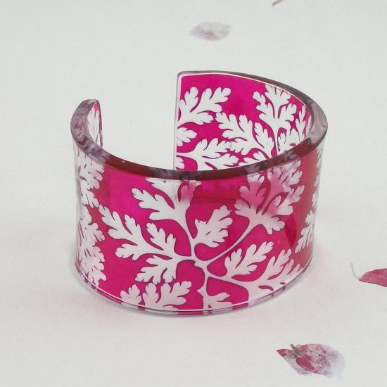 Magenta cuff, Sue Gregor
