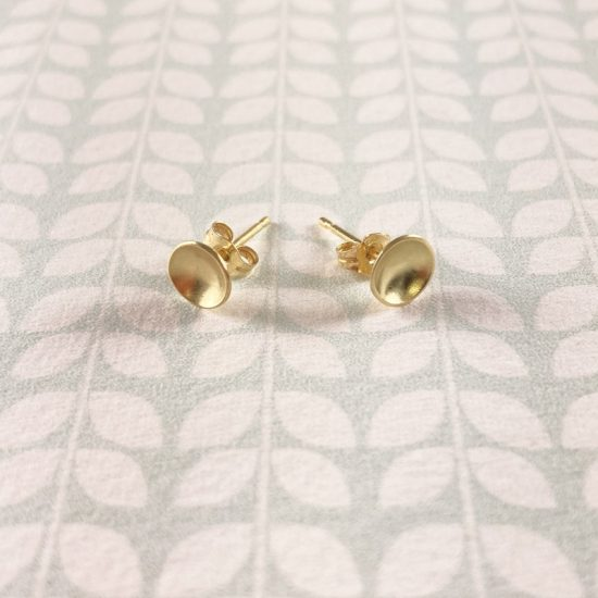 18ct yellow gold 6mm cup stud earrings by Jenifer Wall