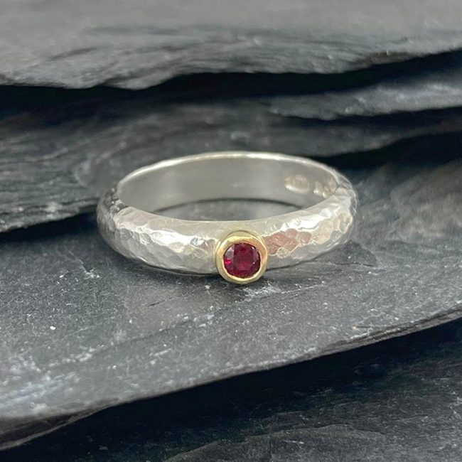 Silver D-shaped ring with ruby & 18ct gold by Jenifer Wall