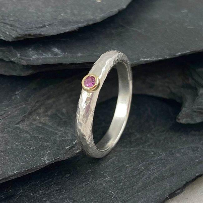 Silver D-shaped ring with pink sapphire & 18ct gold by Jenifer Wall