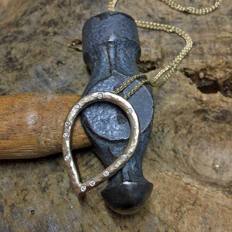 Working With Your Custom Jewellery Design